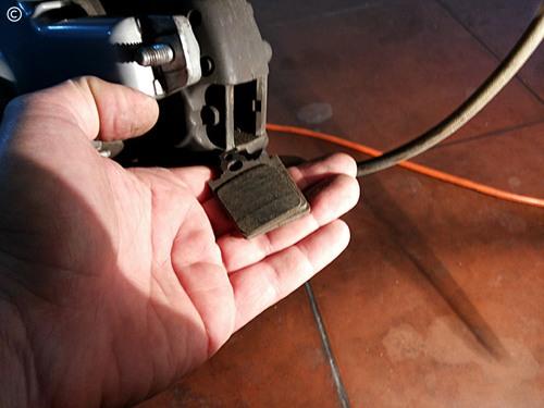 Mudança pastilhas travão, Vespa PX - retirar calços