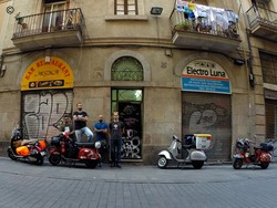 Barcelona, foto de grupo, tentativa 4...